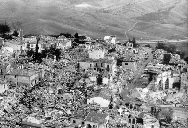 Uno dei centri colpiti dal sisma