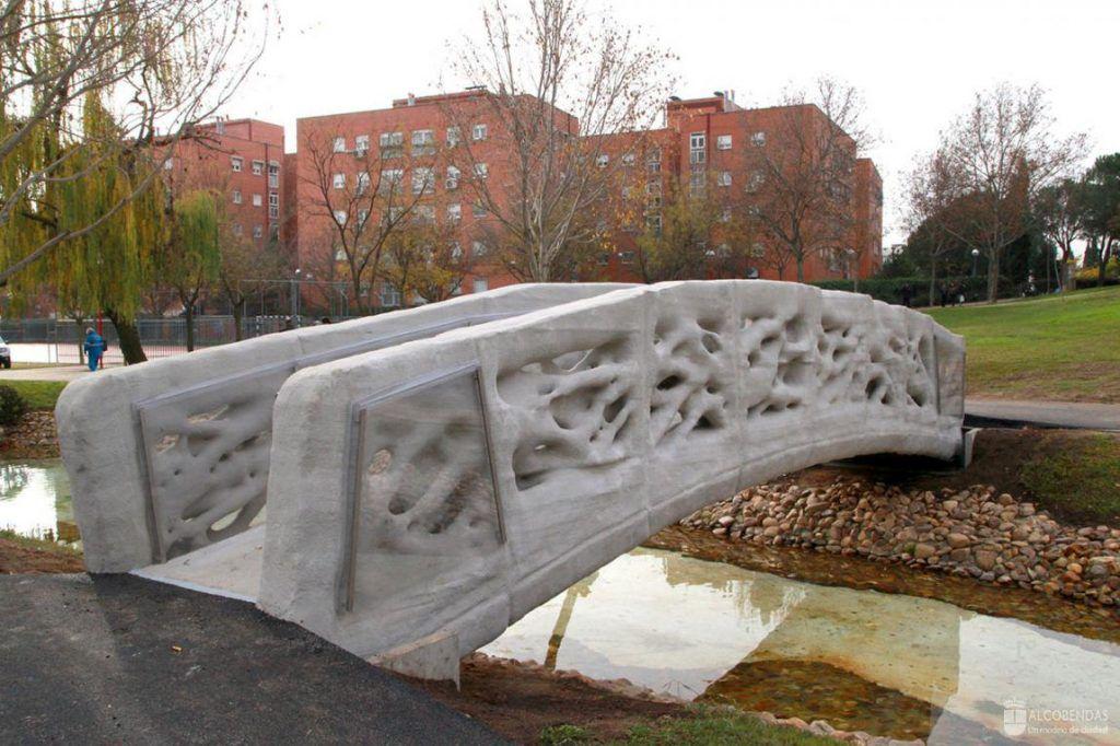 Il primo ponte pedonale stampato in 3D