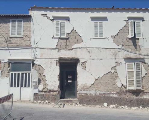 Edificio in Muratura - Via Montecito, Piazza Maio – Casamicciola Terme Lesioni da taglio nei maschi murari: post-evento