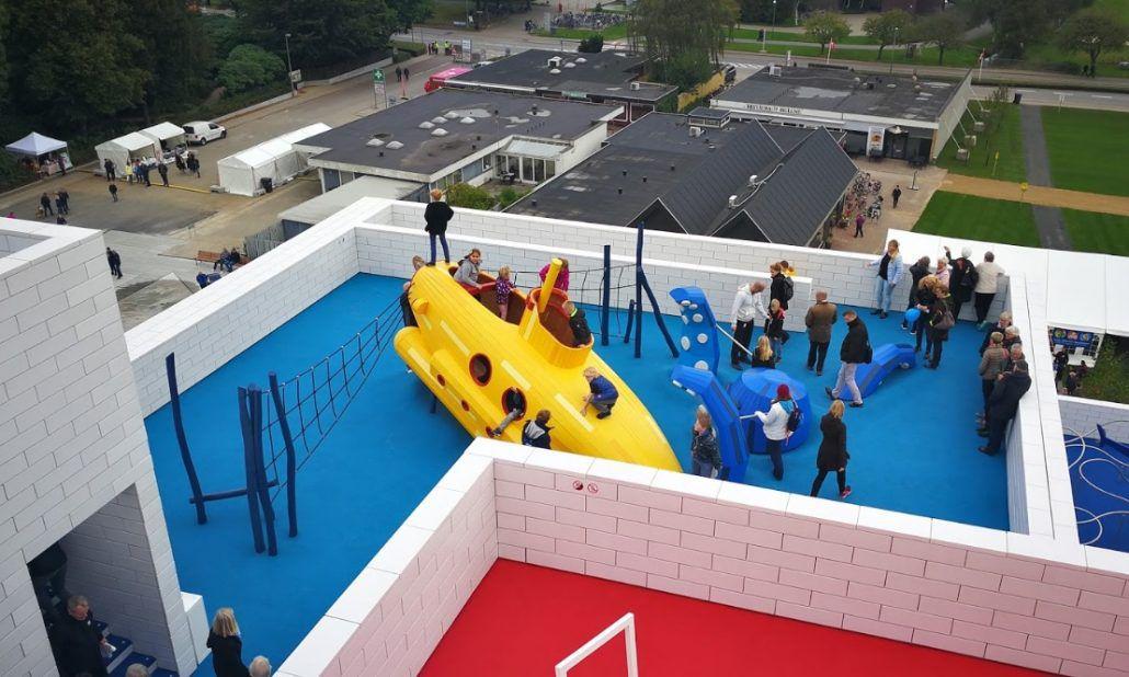 Lego house nasce in danimarca il primo edificio ispirato for Sede lego danimarca