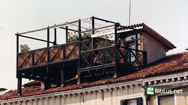 Infiltrazioni d\'acqua da un terrazzo condominiale, paga i danni il ...