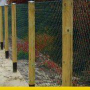 recinzione legno e rete