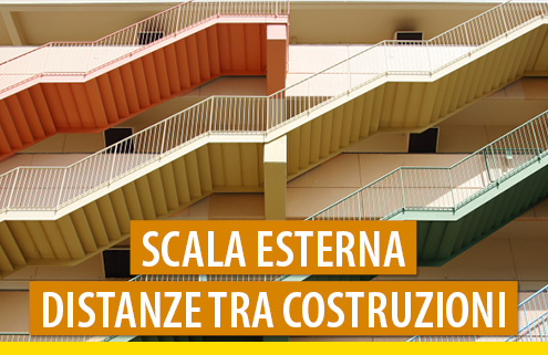 Scala esterna: quando deve rispettare le distanze tra costruzioni?